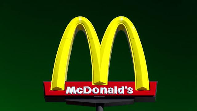 Tempat Makan Mc Donald bisa kerja dengan melamar lewat snapchat