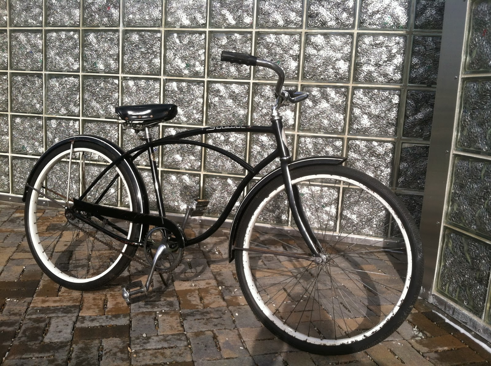 23f32117670 This is a vintage Schwinn that tells a story. It has been dissembled,  cleaned, reassembled, tuned, and is ready to ride. Though the frame has  plenty of ...
