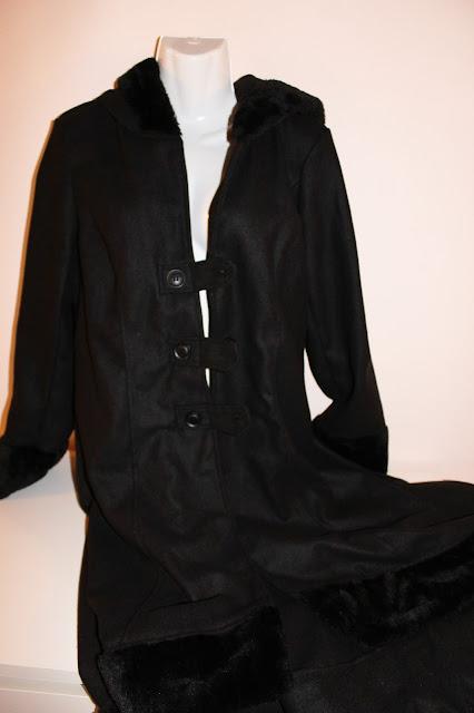 il mio nuovo cappotto in stile military gothic by #rosegal