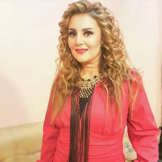 احدث صور لرانيا محمود ياسين على الانستجرام