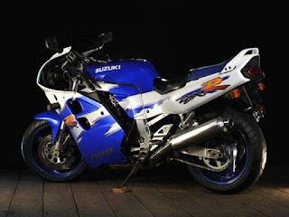 GSX-R1100 1993 The Legendary Ride From Suzuki