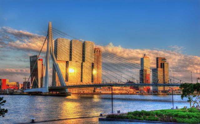 Custo e tempo da viagem de trem de Amsterdã até Roterdã