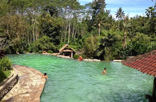 http://www.teluklove.com/2017/01/pesona-keindahan-wisata-air-panas_30.html