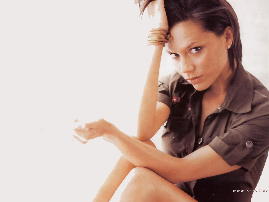 Victoria Beckham - Nude Celebs Images-3039