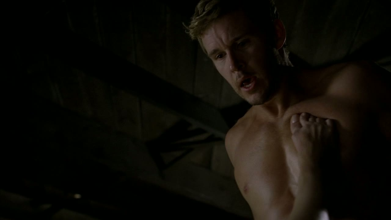 shirtless Ryan kwanten