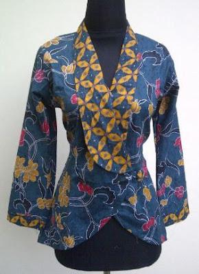 contoh model baju batik kerja wanita terbaru