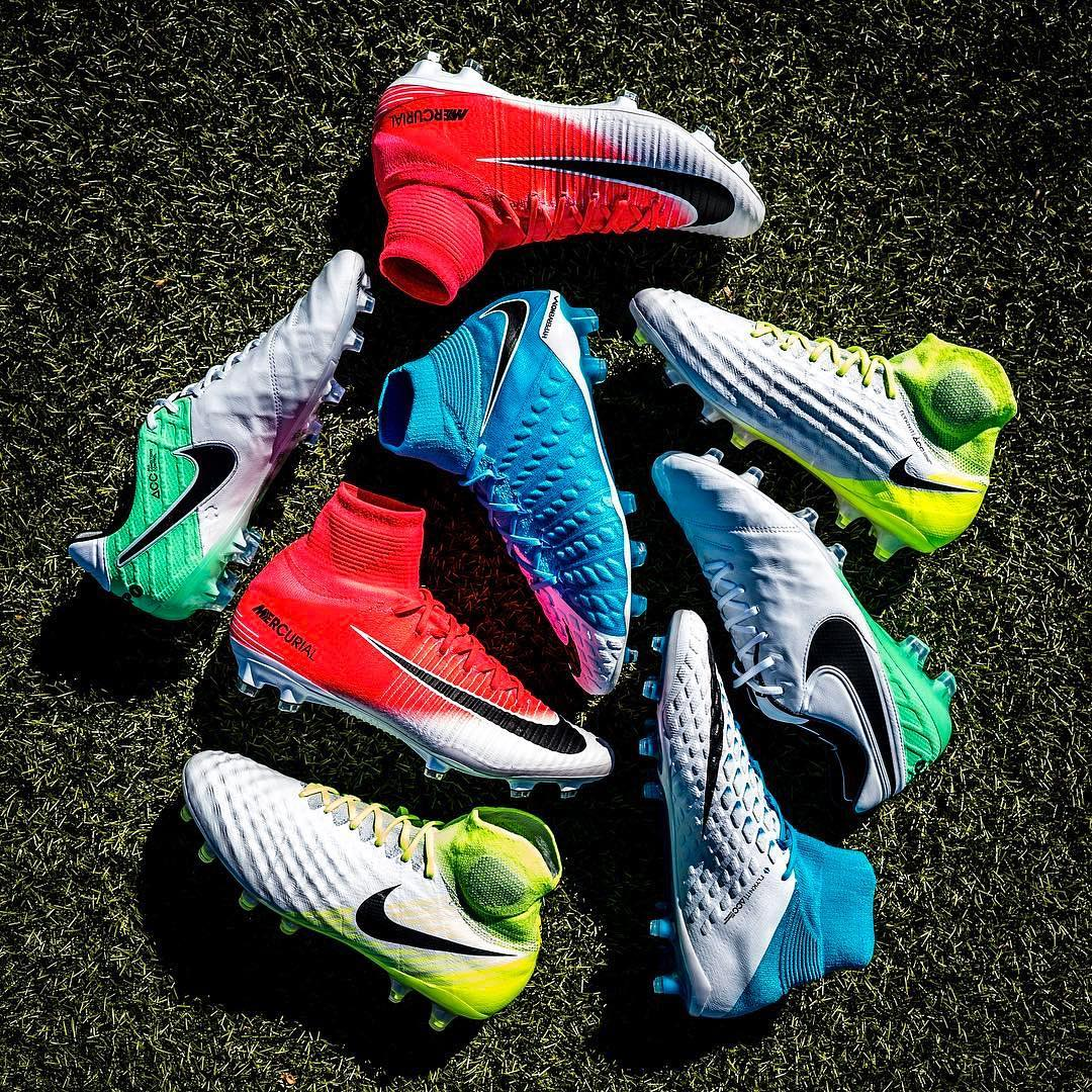 Are Men's and Women's Football Boots Identical?
