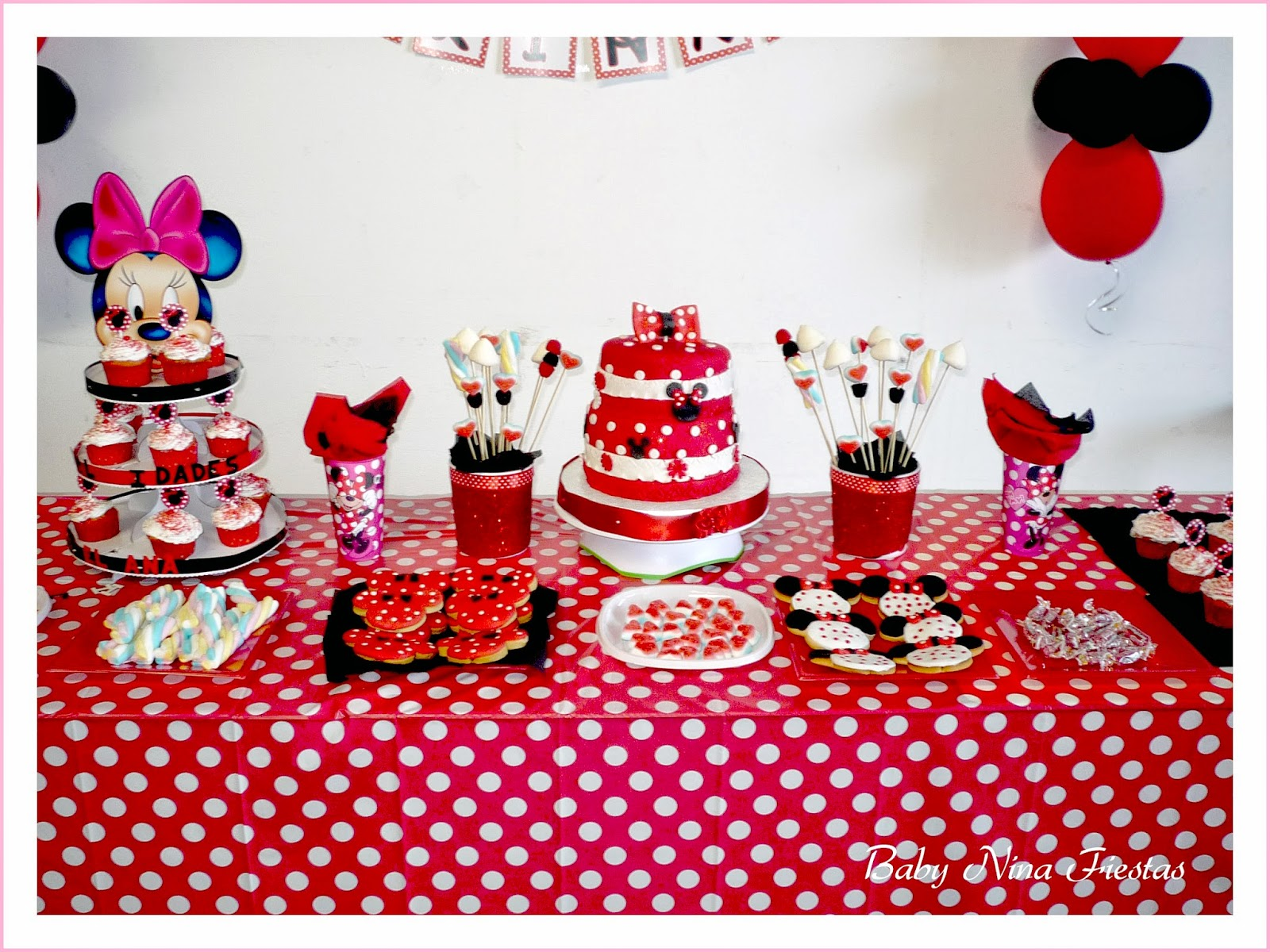 Fiesta minnie mouse rojo y blanco