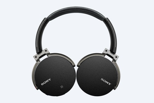 Sony-MDR-xb650bt-headphones-with-Bluetooth
