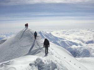 mendaki saat sudah berpuasa lebih dari tiga hari