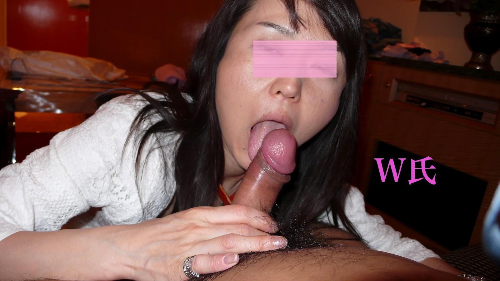 Irina shayk side boob