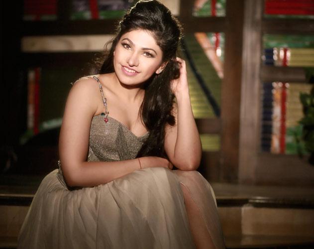 Sana Khan Lovely Bollwood Actress Biography And Latest
