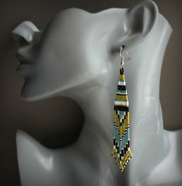 купить длинные разноцветные серьги из бисера в этно стиле