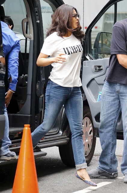 Priyanka Chopra Looks Sexy On The Set Of 'Quantico' in Midtown, New York