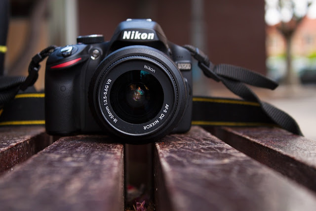 The Nikon D3200 is up for sale now in amazon at just Rs 18600