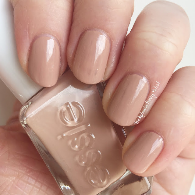 Essie-at-the-barre.jpg