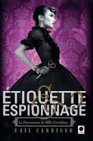 http://lecturesetoilees.blogspot.fr/2016/10/chronique-etiquette-et-espionnage.html
