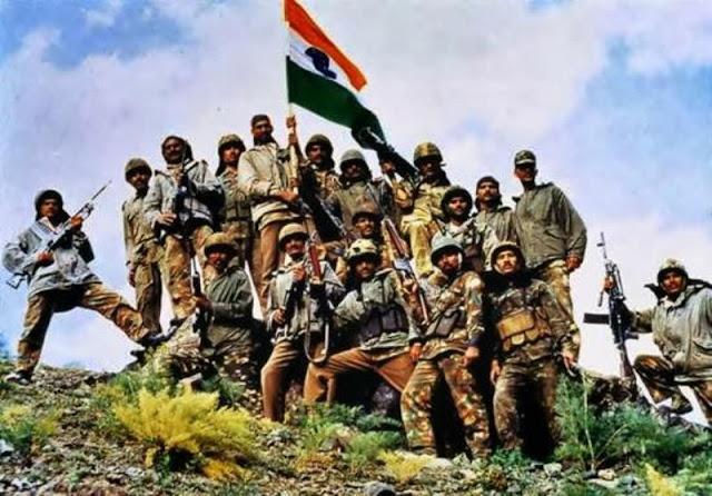 2 Line Desh Bhakt Shayari for 15 August - Indian Army Shayari