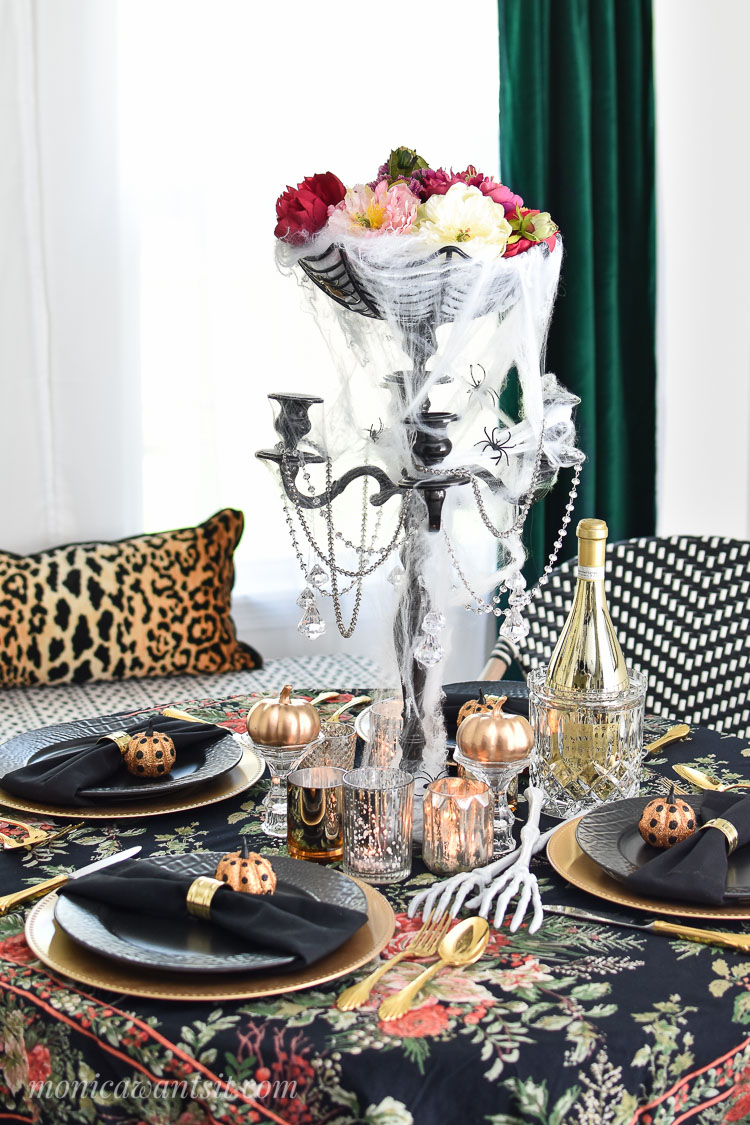 Halloween dining room table decor.