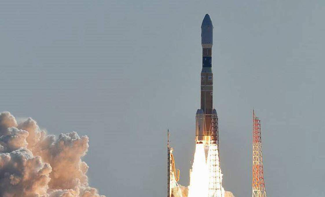 Jepang akan menguji model lift ke luar angkasa