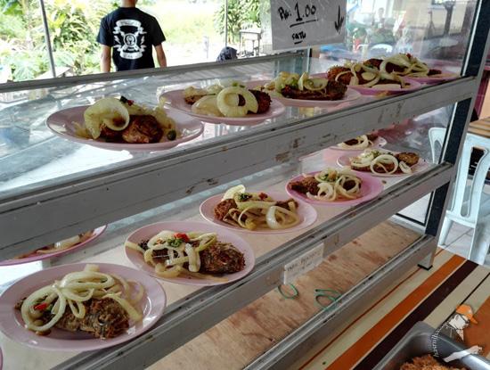 Kedai Makan Silaturrahim - Tempat Makan Tengahari Terbaik di Teluk Batik Lumut