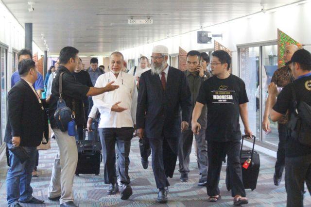 Dr Zakir Naik Telah Tiba di Indonesia
