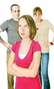 التمرد عند المراهقين أسبابه واعراضه وعلاجه