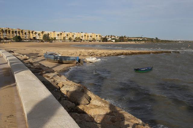 Playa de la Cachucha desde embarcadero