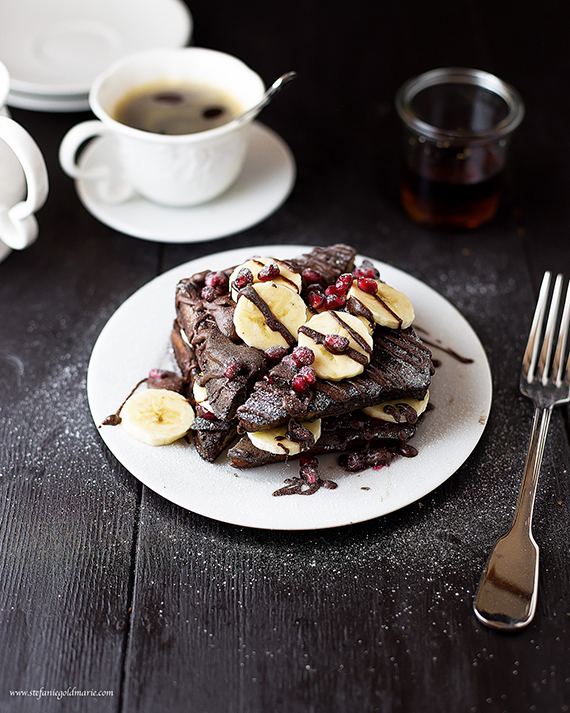 Vegan Chocolate Protein French Toast recipe via Stefaniegoldmarie