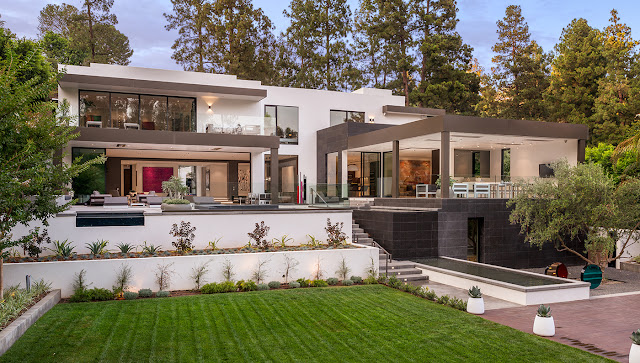 1231 LAGO VISTA DRIVE TO BE ?IN? IN BERVELY HILLS