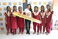 Actress Priya Anand in T Shirt with Students of Shiksha Movement Events 08.jpg