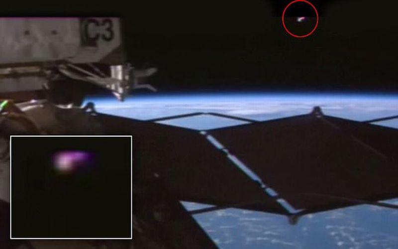 nasa merekam penampakan ufo di luar angkasa unik 247