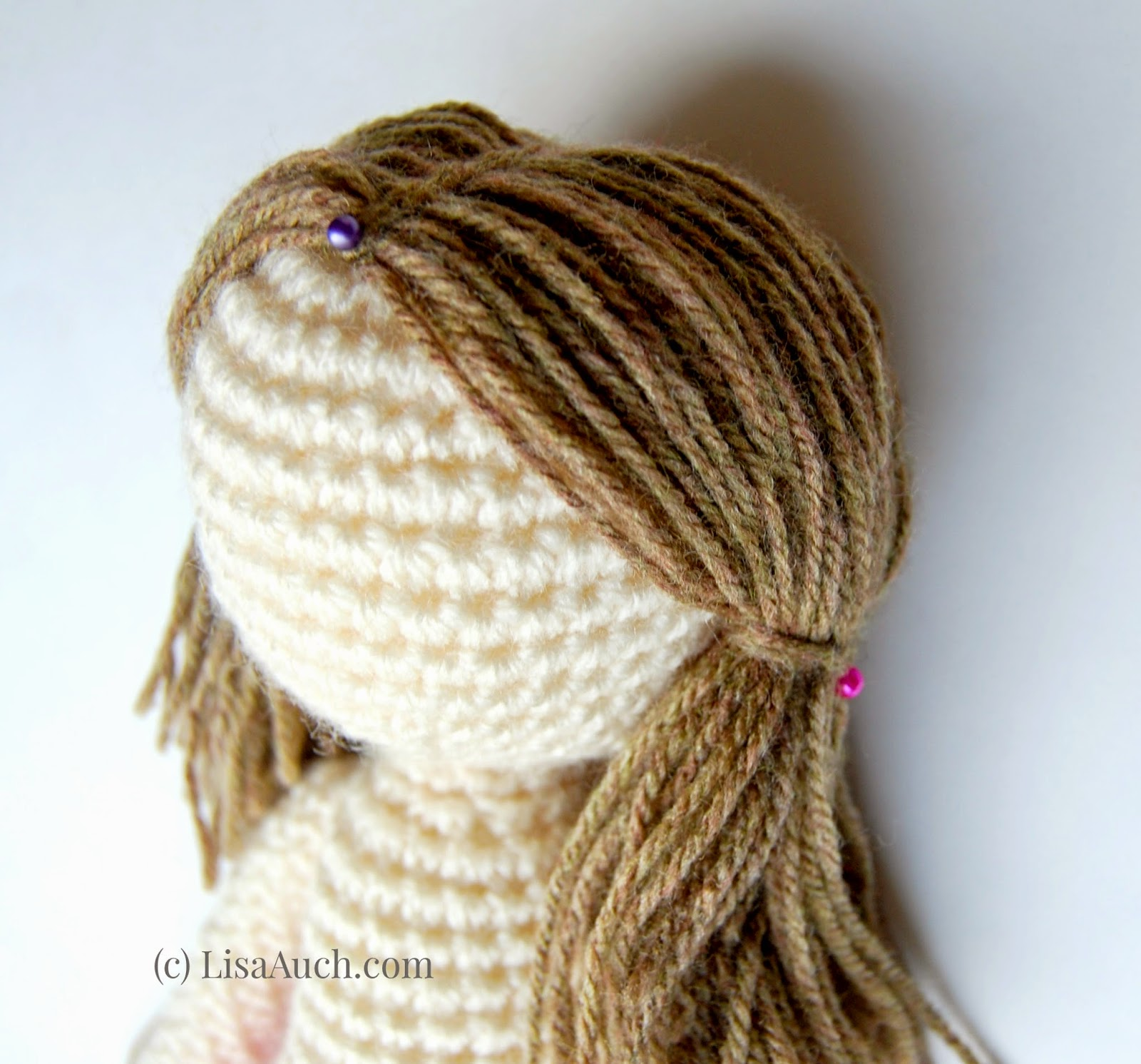Tutorial - Adding Hair to an Amigurumi Doll | Stitches n Scraps | 1491x1600