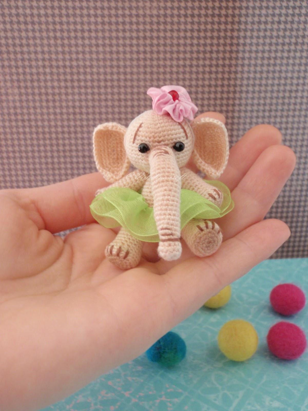 Amigurumi Crochet Mini Elephant Pattern by Little Bear Crochets | 1600x1200