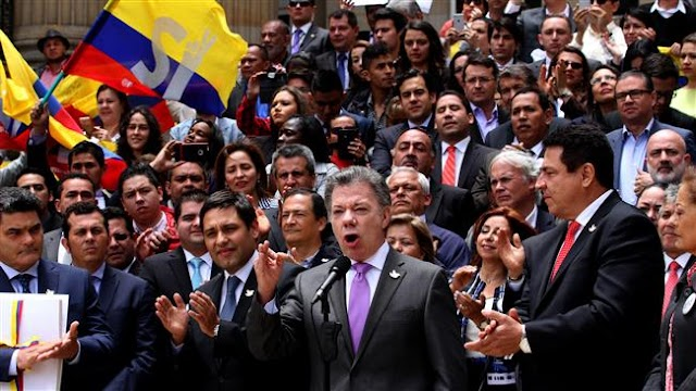 Colombian President Juan Manuel Santos says his government will formally sign FARC final peace deal this month