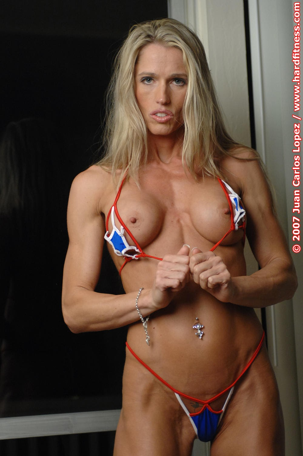 Milf porn muscle blonde