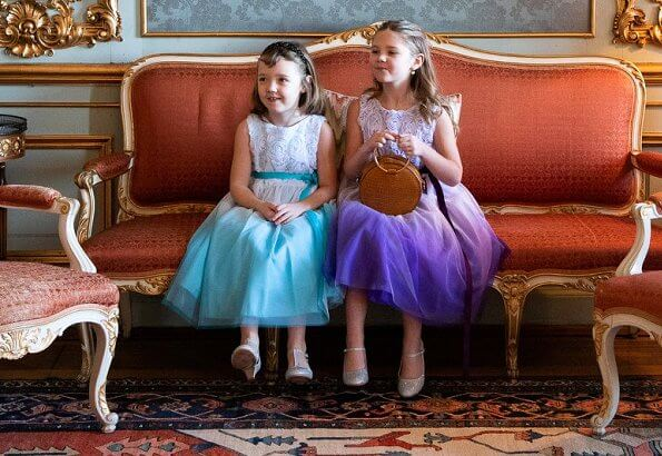 Crown Princess Victoria hosted 7-year-old Emilia from Skåne at the Royal Palace. Emilia, who suffers from a brain tumor