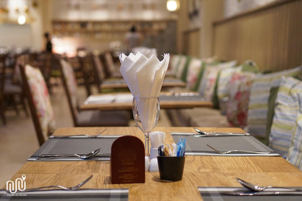 บรรยากาศอาหารเช้าที่ห้องอาหาร Papillon โรงแรม U Khao Yai