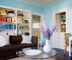 sala decorada con celeste y blanco
