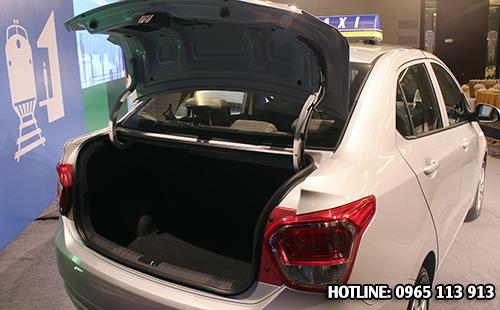 Cốp xe Hyundai Grand i10 sedan