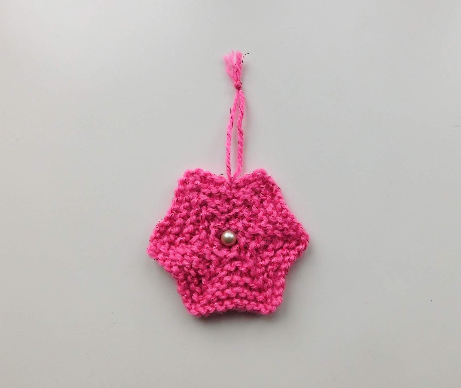 Marianna\'s Lazy Daisy Days: Knitted Star Decoration