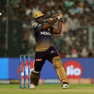 आंद्रे रसैल को किंग्स इलेवन पंजाब के खिलाफ उनके हरफनमौला खेल के लिए मैन ऑफ द मैच चुना गया