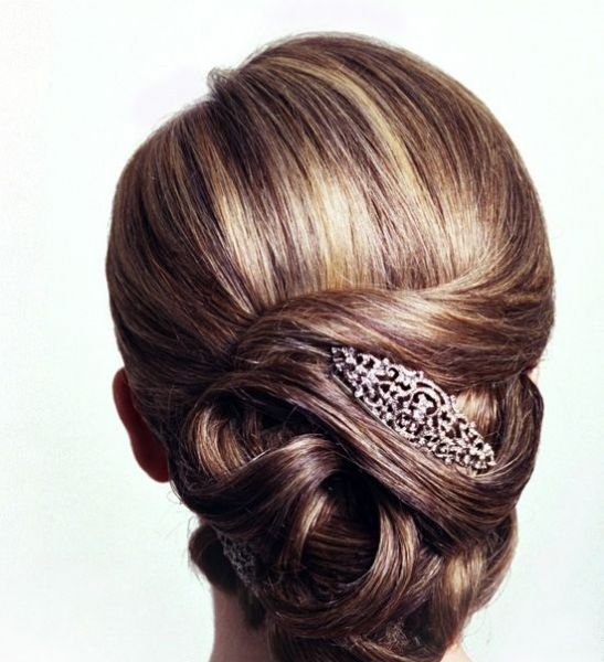 peinados de novia que tapen las orejas