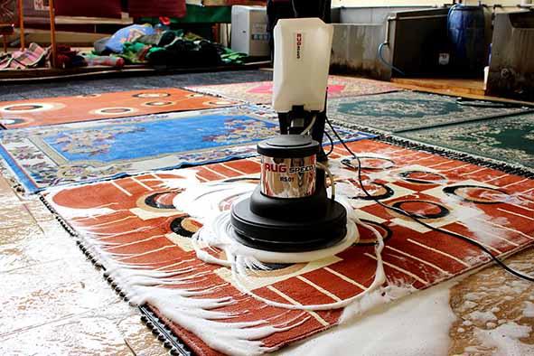 Cara Menghasilkan Uang Dengan Memulai Bisnis Pembersih Karpet