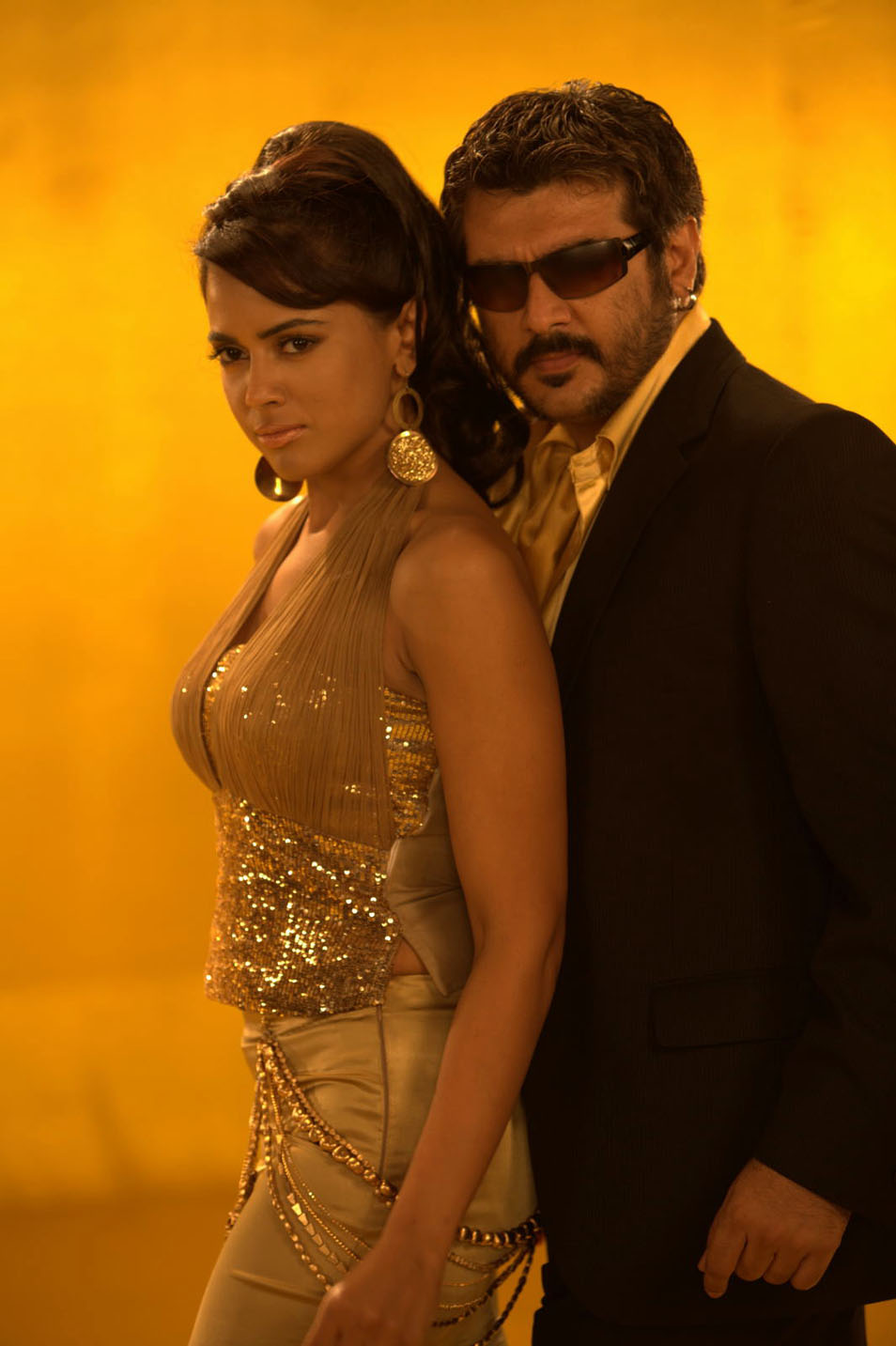 Sameera Reddy,Ajith in Soolam Telugu Movie Stills
