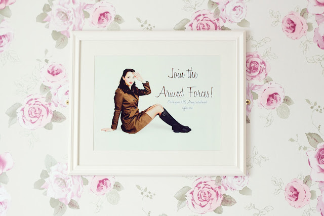 Vintage inspired army pin-up print in frame.