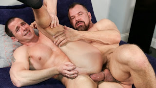 Beer Can Cock – Max Sargent & Kacey Jones