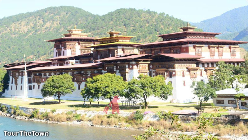 Traveling Indonesia ke Bhutan