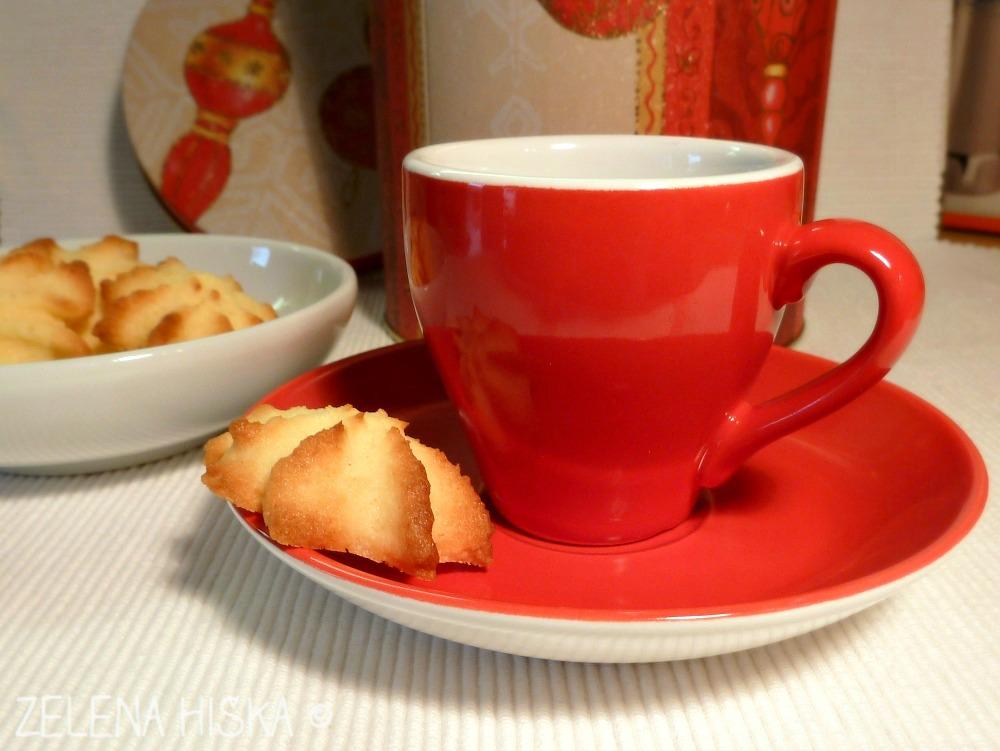 kokosovi piškotki - tudi ob kavi odlični
