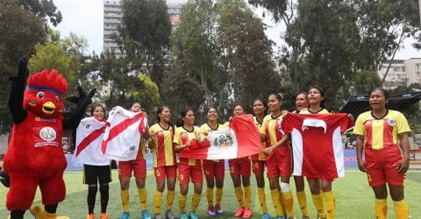 MINEDU: Escolares de pueblos originarios alientan a Selección Peruana de Fútbol - www.minedu.gob.pe